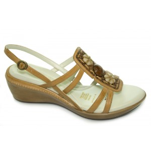 Naturalizer Falconette New Tan Leather