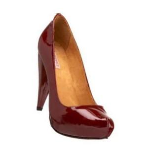Samanta Viv Pump Red at AskTheShoeLady.com