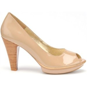 Sofft Ramona Ii Sand Patent at DesignerShoes.com