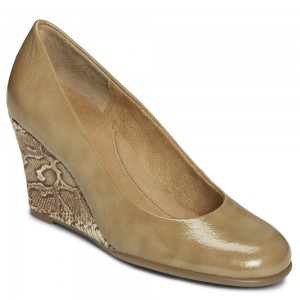 Aerosoles Plum Tree Tan Patent at DesignerShoes.com
