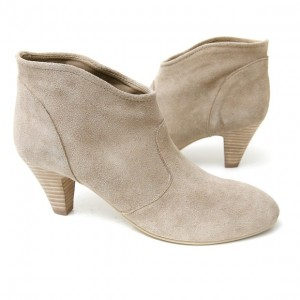 Barefoot Tess Ella Sand