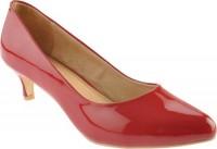 Dana red patent pump by Samanta