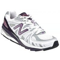 New Balance lace up shoe style comes in size 13 Extra Extra Wide